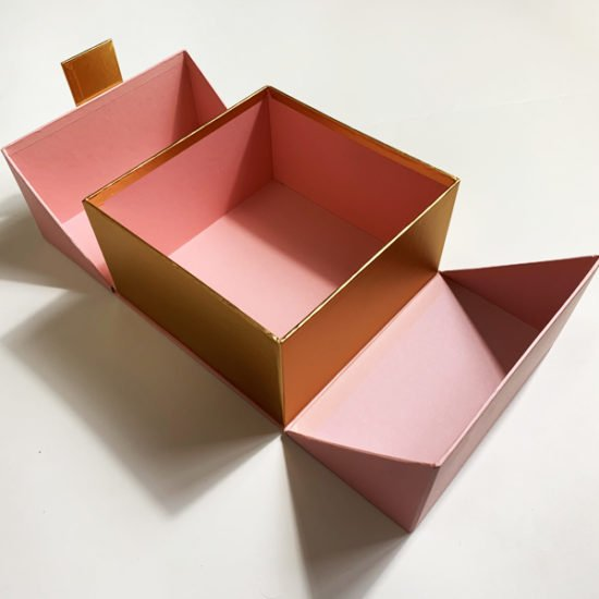 Коробка К-240б.