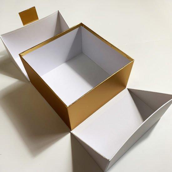 Коробка К-240в.